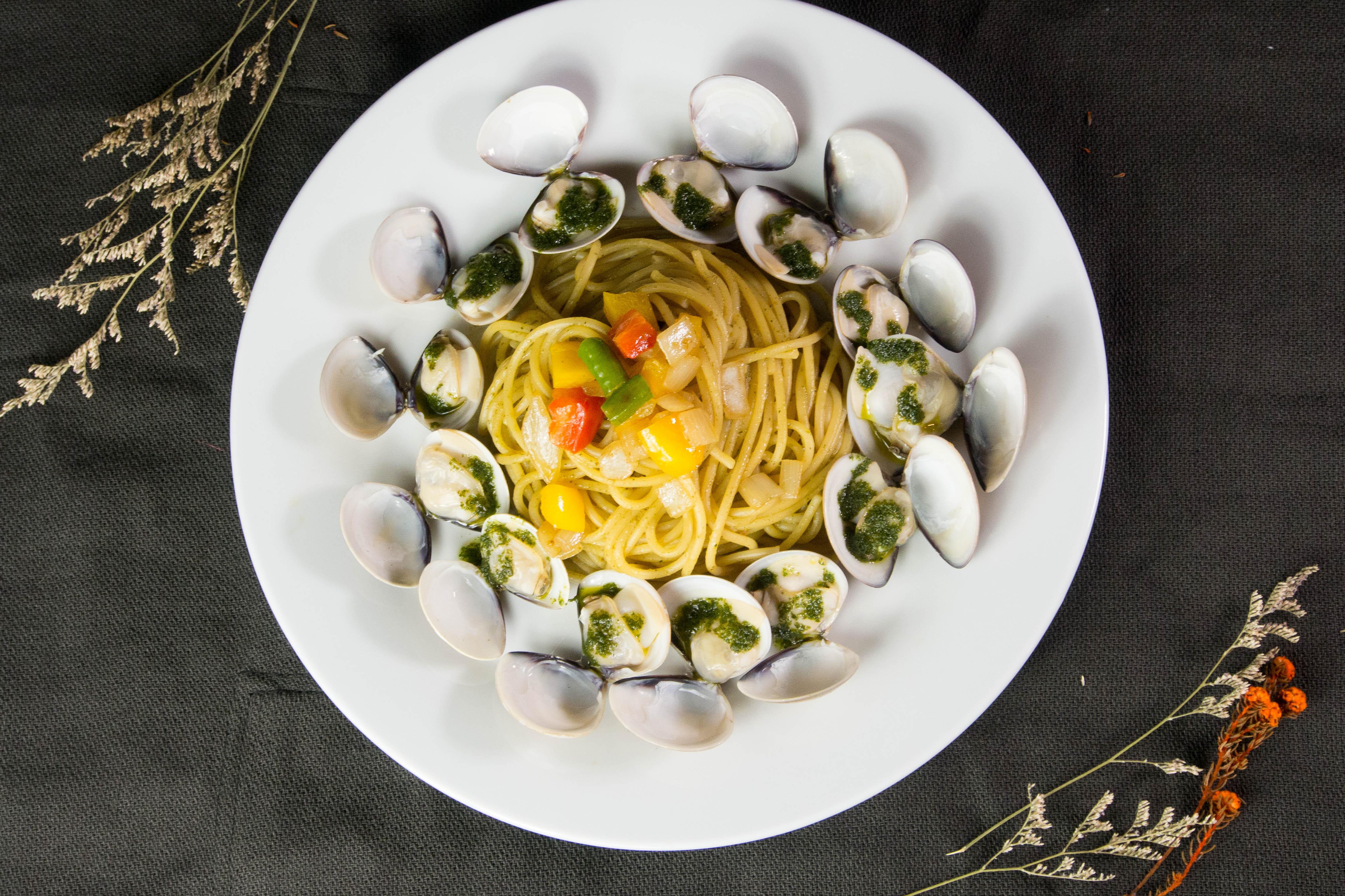 三杯青醬蛤蜊台胃義麵