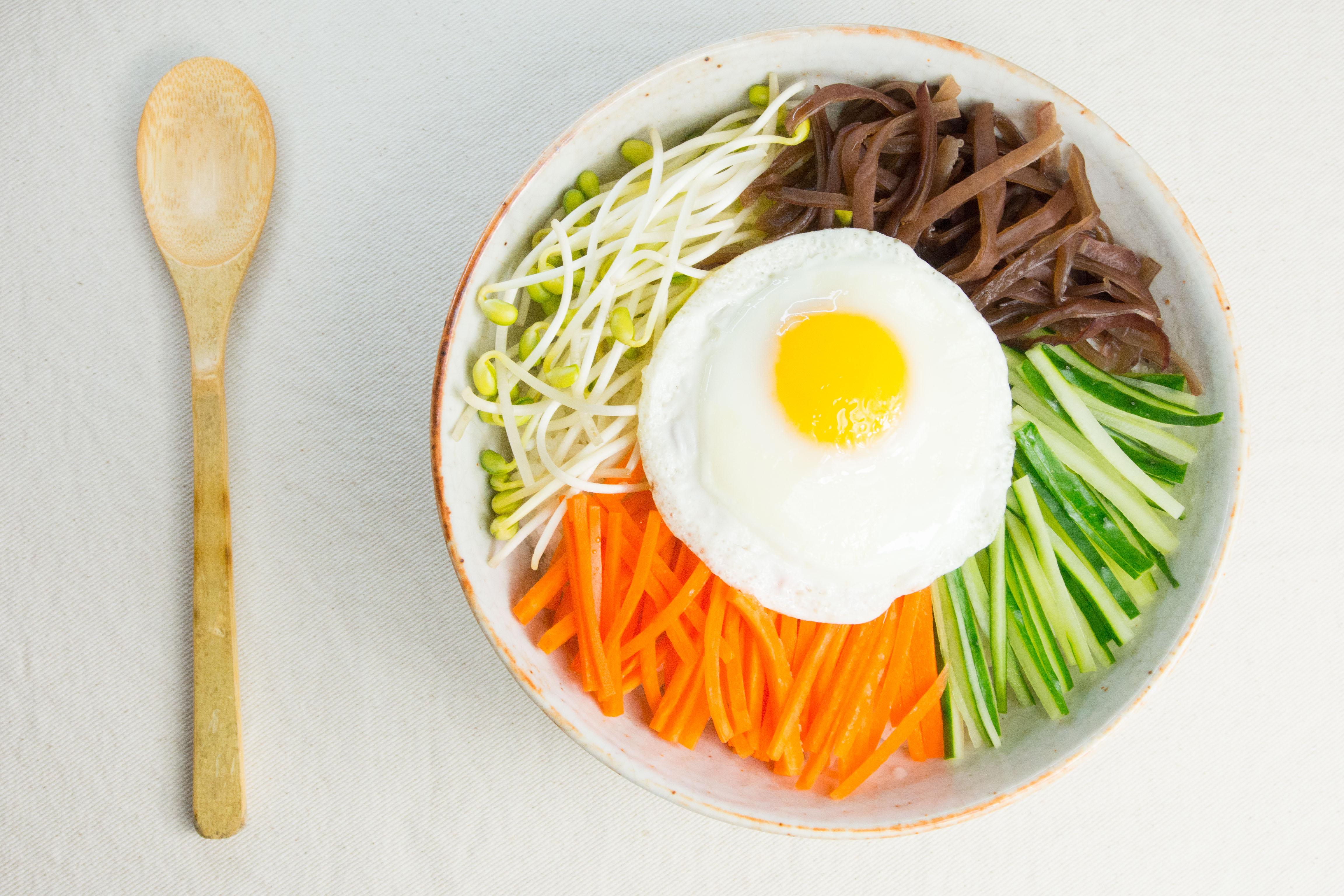 韓式拌飯佐茄茄辣醬